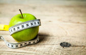 Fruit. Apple and centimeter. Healthy eating — Stock Photo