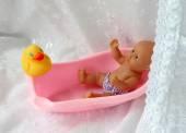 Bathing the baby — Stock Photo