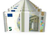 Stacks of money. Five euros. — Photo