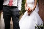 Wedding day. Bride and groom. Focused on bride — Stock Photo