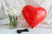Hearts and flowers for Valentine's Day — Stockfoto
