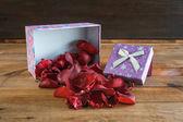 Srdce a květiny pro den svatého Valentýna — Stock fotografie