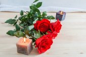 Red roses for Valentine's Day — Stock Photo