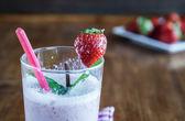 Fresh strawberry milkshake — Stock Photo