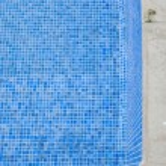 An empty swimming pool — Stock Photo #67647965