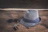 Zbiór różnych ubrań i akcesoriów dla mężczyzn — Zdjęcie stockowe