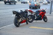 Moscow streets, Evening. Two motorcycles. Traffic — Stock Photo