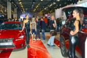 Lexus Red cars Traffic Shine Moscow International Automobile Salon — Stock Photo