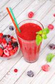 Frozen summer berries smoothie with mint — Stock Photo