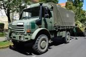 Militära lastbil — Stockfoto