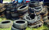 Run down tires — Stock Photo