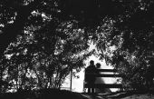 The young pair in day of the wedding is in park — Stock Photo