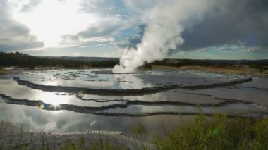 Geyser in Yellowstone National Park — Stock Video