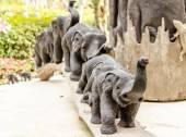 Elephant made from wood — Stock Photo