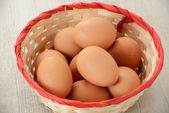 Sepet yumurta — Stok fotoğraf