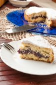Cake filled with jam — Stock Photo