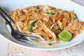 Macarrão tailandês, Thaifood Pad da Rfj do Stir com carne de porco — Fotografia Stock