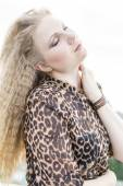 Girl in leopardovom dress 4. — Fotografia Stock