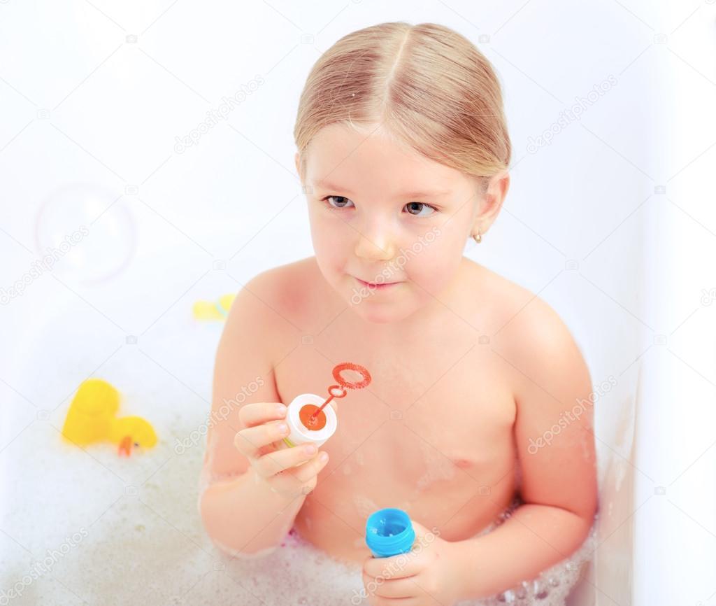 Naked girls showering on Vimeo