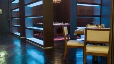 What is better than restaurant — Stockvideo
