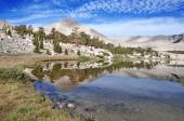 Alpine Lansdscape in the Sierra Nevada Mountains, California — Stock Photo