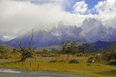 Schroffe Berglandschaft in Torres del Paine, Chile, Patagonien — Stockfoto