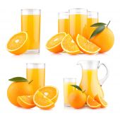 Fresh orange juices with ripe oranges — Foto Stock