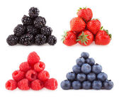 Raspberries, blackberries strawberries and blueberries — Stock Photo