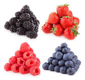 Raspberries, blackberries strawberries and blueberries — Stock Photo