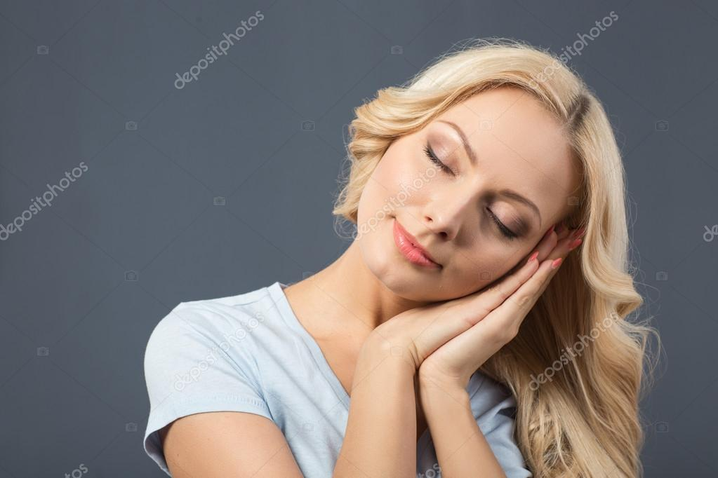девки собираются спать фото