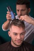 Parrucchiere professionale — Foto Stock