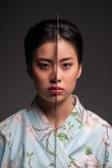 Japanese woman with katana — Stock Photo