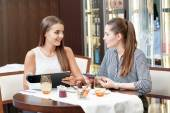 Doing business during lunchtime — Stock Photo