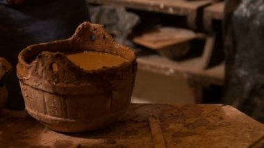 Future potter is studding — Vídeo de Stock