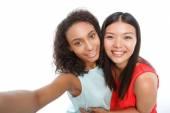 Positiva tjejer att göra bilder — Stockfoto