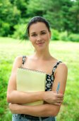 Student studying outdoor in park — Stock Photo