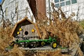 Barn birdhouse with a plow — Stock Photo