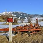 Posted land beneath mountain — Stock Photo #71415665