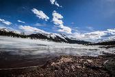 Frozen lake, The Rockies — Stock Photo