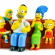 Постер, плакат: Simpsons family on sofa and see the scary movie figure toy chara