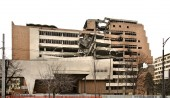 Destroyed building on Nemanjina street in Belgrade. Serbia — Stock Photo