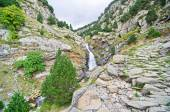 Waterfalls in Vall de Nuria, Pyrenees, Catalonia, Spain — Stock Photo