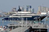 The boat of Steven Spielberg in the port of Genoa — Stock Photo