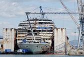 Rivning av vraket Costa Concordia — Stockfoto