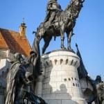 Statue of Matthias Corvinus in front of St. Michael's Church in Cluj-Napoca, Romania — Stock Photo #59861155