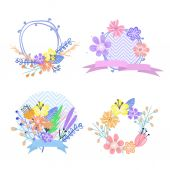 Set of flower frames and labels — Stock Vector
