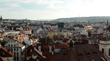 Panorama of city (Prague) - urban buildings - roofs of buildings - sunny — Stock Video