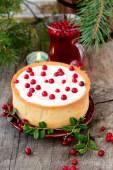 Torta de cheesecake de chocolate branco com cranberries — Foto Stock