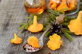 Pickled chanterelle mushrooms — Stock Photo