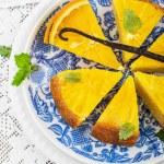 Orange cake with orange slices — Stock Photo #66780739